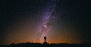 astronomer-gazing-at-the-milky-way
